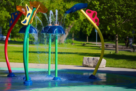 4 Ways You Can Keep Your Child Safer at Splash Pads